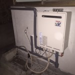 太陽熱温水器撤去・ガス給湯器(オート式)取付工事