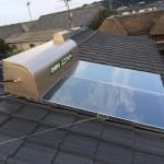 住宅改装工事①(太陽熱温水器取付、屋根塗装編)
