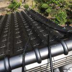 太陽熱温水器の番線補強と玄関上部の板金塗装工事